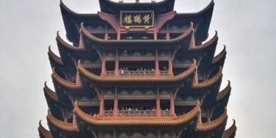 腾王阁和黄鹤楼哪个出名?