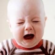 孩子在打一顿后哭着可能就睡着了,背后的原因父母知道吗?