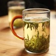 隔夜水和隔夜茶,哪个毒性更大?