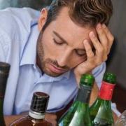 喝酒后怎样快速让酒精从尿液排出?