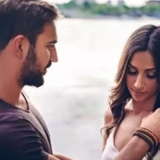 经常背叛老婆,又常祈求老婆原谅又不做出改变,是什么样的心理?