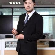 为什么广东人很少穿西装?