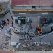 山西饭店坍塌事件,过寿老人要不要担责?