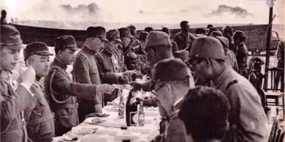 """二战时日军吃的是""""牛肉罐头"""",为何士兵却说伙食连猪食都不如?"""