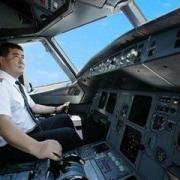 飞机机长的工资有多少?
