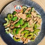 如果一个快餐店环境干净卫生价格低,但是菜式只有六七个,你会经常去吃吗?为什么?