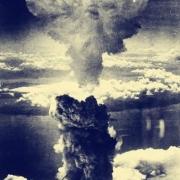 你觉得二战中死于原子弹的日本平民是否无辜?