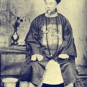 有人说李鸿章丧权辱国其实是替昏庸的皇帝背锅,是这样的吗?