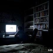 晚上睡觉怕黑吗,是开着灯还是关着灯?有何感受?