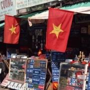"""越南战争打了将近20年,美越之间有着""""血海深仇"""",现在越南为何要投靠美国?"""