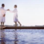 已婚女性怎样委婉地拒绝异性的示好?