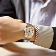 手表跟金镯子怎么戴?