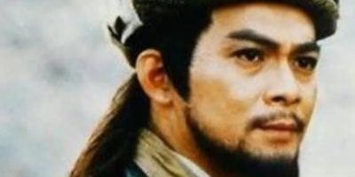 《天龙八部》中的乔峰,黄日华和胡军,你更喜欢哪版?