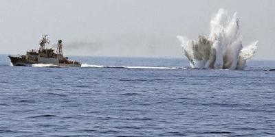 请问现代潜艇如何应对深水炸弹的攻击?