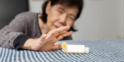 """""""很多老人生病住院了才懂:人到老年,老伴指望不上""""你怎么看?"""