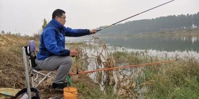 这个季节10月份早晨还适合钓鱼吗?