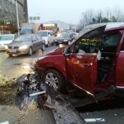 交通事故正常行驶驾驶员无过错致人死亡,怎么会是全责?