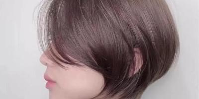 为什么理发店用的洗发水比我们平时用的洗发水香而且保留时间长?