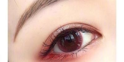 怎么画眼影会显得软萌又可爱?