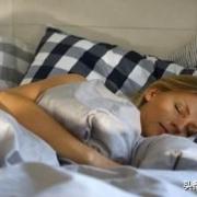 人的最佳睡眠时间是什么时候?什么时间睡算熬夜?