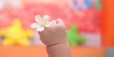 如何理解:儿童不是尚未长成的大人,儿童期有其自身内在价值?