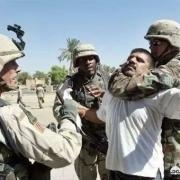 联合国没同意打伊拉克,为什么当初美国操纵多国攻击伊拉克后,联合国安理会又不惩治美国?