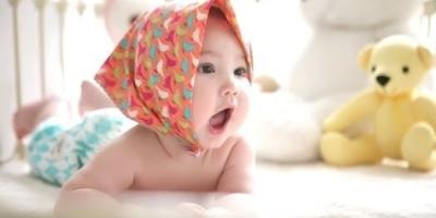 如何训练宝宝的手眼协调能力?
