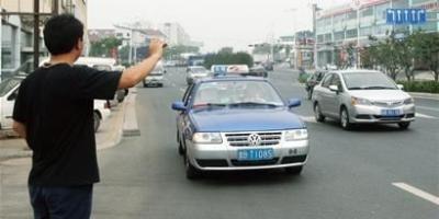 同样20年驾龄的出租车师傅、教练师傅、公交师傅,哪个在路上的技术最好?