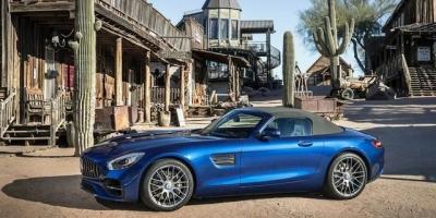 裸车大概8万,分期买车除了首付款,还要准备大概多少钱?