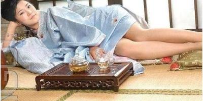 日本人为什么喜欢睡地板,而不喜欢睡床铺?