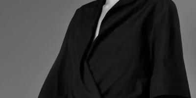 黑色西服配黑色衬衣,一身黑看起来是什么效果?