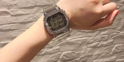 请问有没有喜欢收集卡西欧手表的朋友,可否展示或是介绍一下自己喜欢的卡表们?