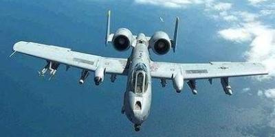 为什么说中国的L-15B教练机令美国空军很羡慕?