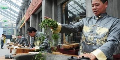 杭州当地人都喜欢去哪吃饭?