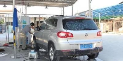 为什么老司机经常说不要频繁地洗车?