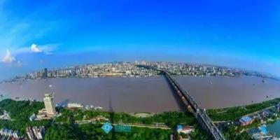 湖北境内有多少座长江大桥?