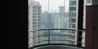农村半月型阳台怎样装修?