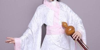 《倚天屠龙记》中灭绝师太为何那么痛恨明教,她是怎么当上峨眉派掌门的?