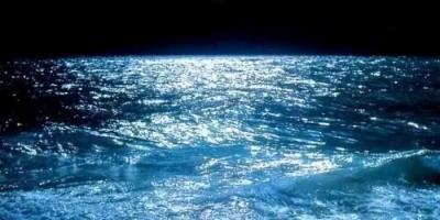 为什么潮汐的力量如此大?