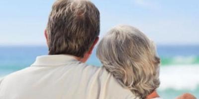 """为什么有人说有儿女的老人再婚是""""万恶""""的,你怎么看?"""