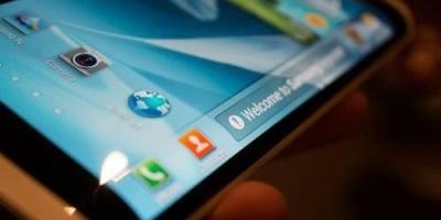 手机使用OLED屏,相对于LCD屏,有什么优点?