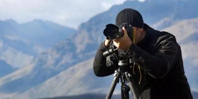手机拍照怎样才能虚化背景?