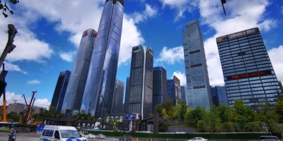 贵阳新城区环境那么好,为什么有些老城住的人却不愿意搬出来?