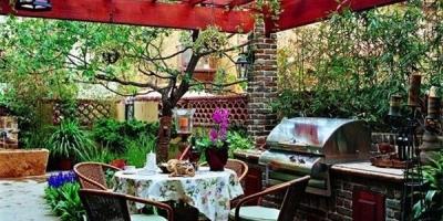 庭院中应该拥有一个怎样的花架?
