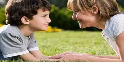 怎么让孩子有自主性,但是又不会变得任性,两者怎么平衡?