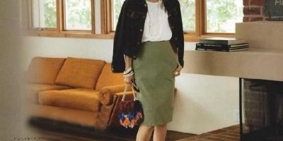 50岁左右的妇女适合穿什么样的衣服?