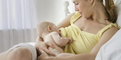 纯母乳喂养,怎么确定母乳是足够的?