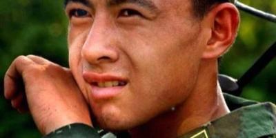 你见过最帅的军人小哥是谁?