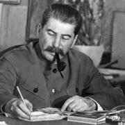 苏联卫国战争,如果莫斯科也失守了,苏联还有没有机会翻盘和赢得战争?
