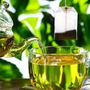 中老年人常喝绿茶,身体会发生什么变化呢?